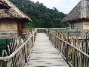 The huts are all connected via these wooden piers